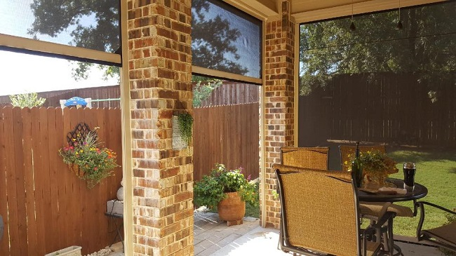 5 Benefits of Patio Roll Away Shades