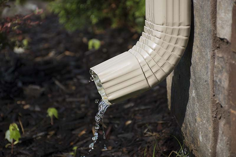 Improving Drainage at Home? 3 Reasons to Get Seamless Gutters