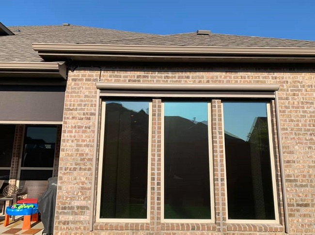 3 Ways Seamless Gutters Protect Your Home's Concrete Foundation